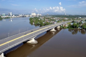 Tuin Salahuddin Bridge 2010