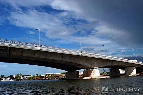 Tun Salahuddin Bridge (2)
